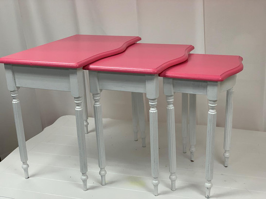 Nesting Tables Square