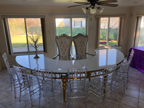 Dining Bubble Leg Curved Table