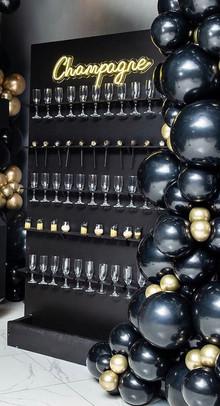 Champagne Wall Black