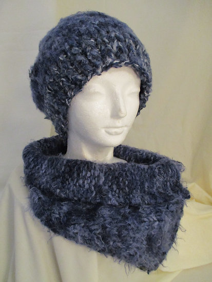 Hat and Neckwarmer | Knit | Crocheted