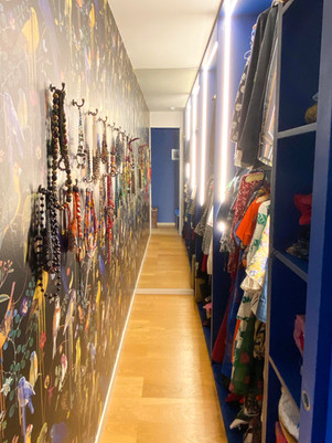 walk in wardrobe - edit.jpg