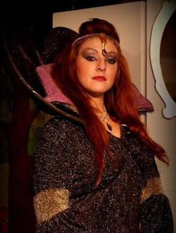 Evil Queen  28 Oct 14 - Copy.jpg