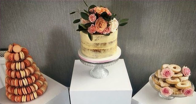 #birthday #macarontower #doughnuts #nakedcake #peach #pink #prettybakedbycathie #jerseychannelisland