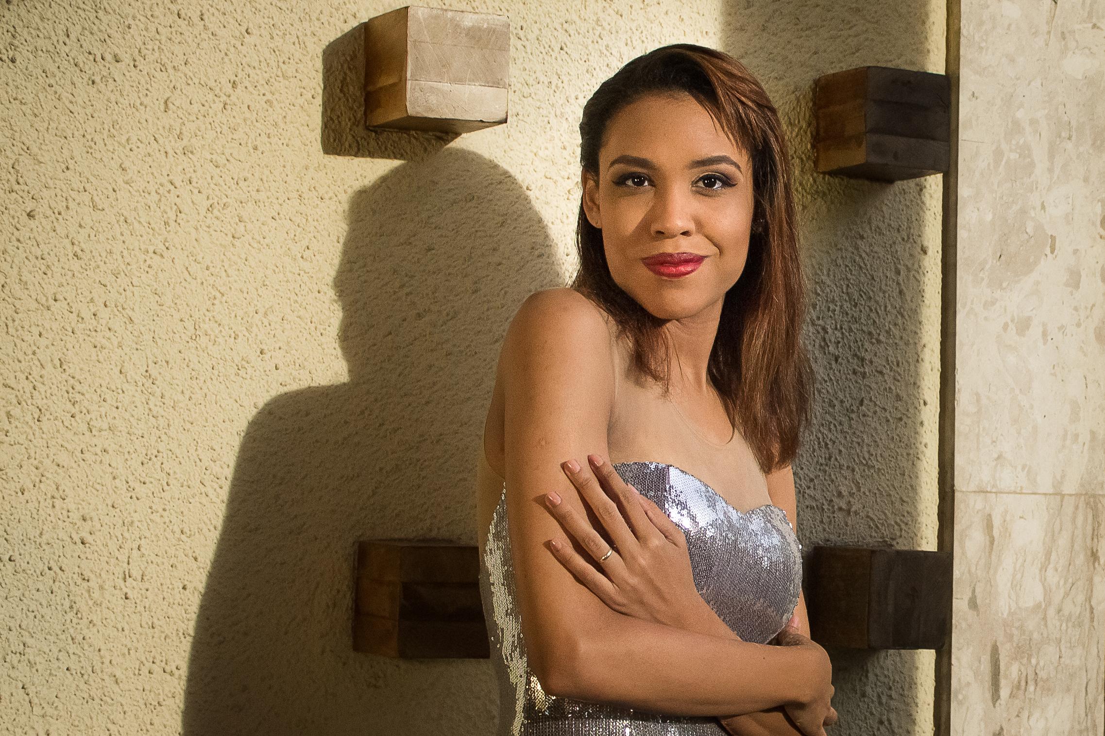 anatasha meckenna singer