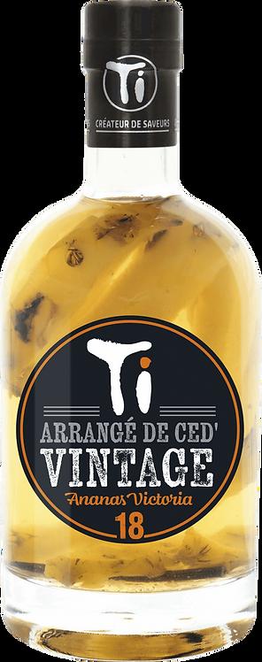 Bouteille de rhum arrangé Les Rhums de Ced' Vintage Ananas Victoria