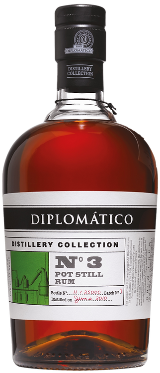 Bouteille de rhum Diplomatico Distillery Collection N°3 pot still