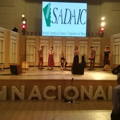 Cuerdos Vocales en Radio Nacional
