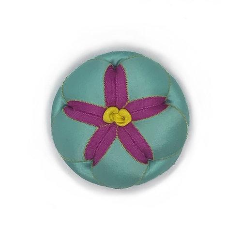 Round Pin Cushion 2