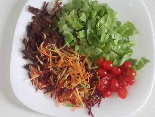 Salada sem tempero - NINGUÉM MERECE