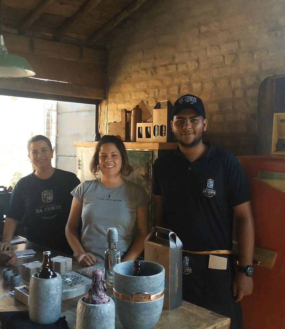 Cervejaria Estrada da Corte, Gisele e Júnior - Itatiaia MG