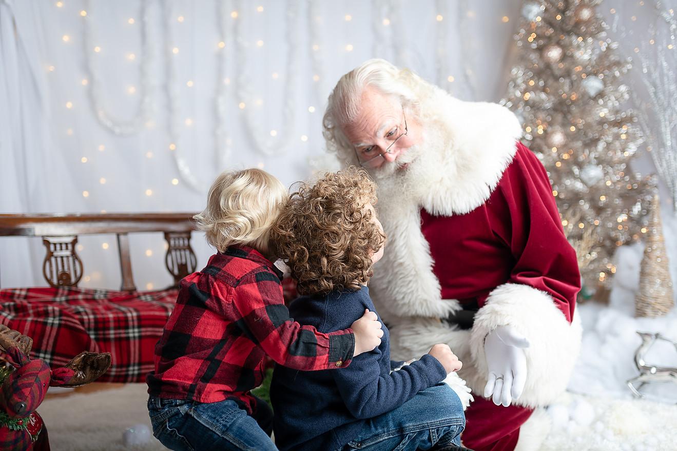 Santa-boys.jpg