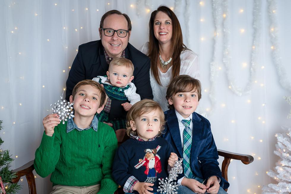 Family in wonderland.jpg