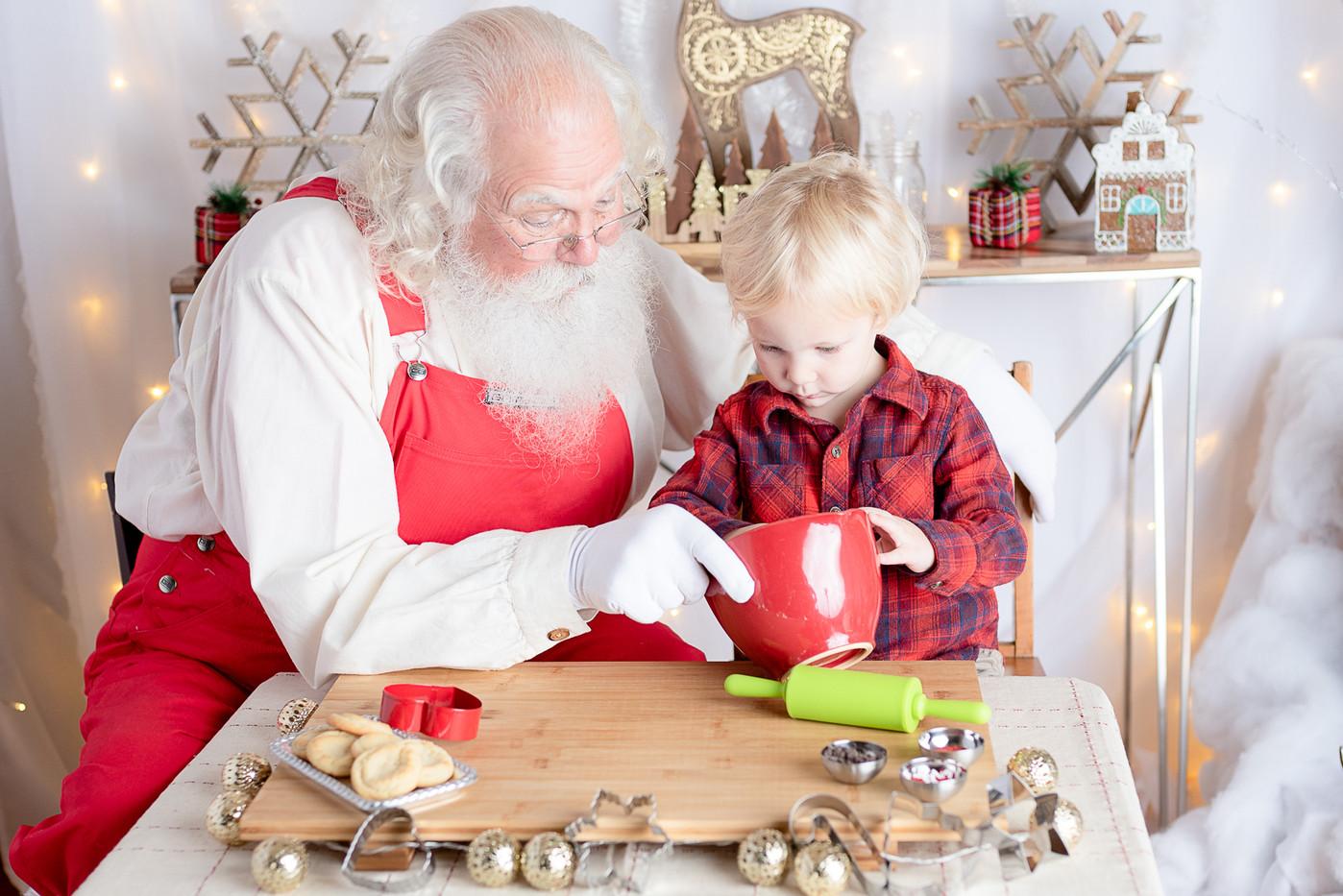Santa CC-6988.jpg