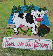 Fun on Farm sign.jpg