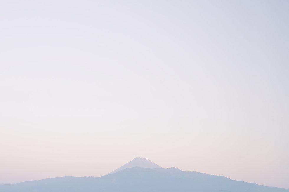 aki-nakazawa-I5CwTu49mOw-unsplash_edited.jpg