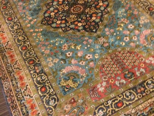 店主的速報 サロンにペルシャ絨毯が入りました。 (ラジャビアン工房)