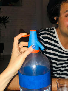 Soda con amigos