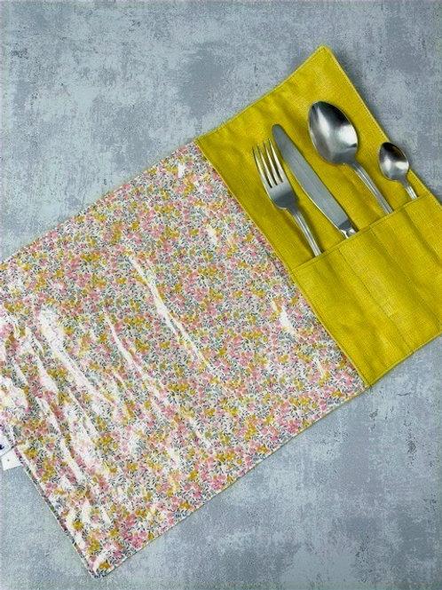 Etui à couverts et set de table intégré - Liberty enduit jaune/rose
