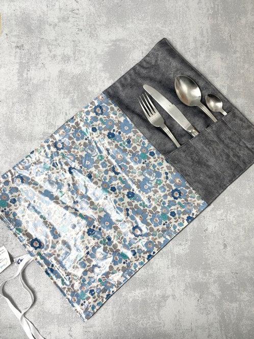 Etui à couverts et set de table intégré - Liberty enduit bleu/gris - enduit gris