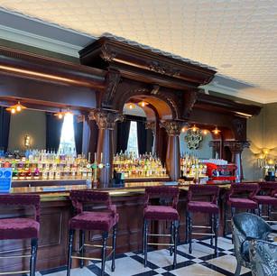 Aldwark Manor, Bar
