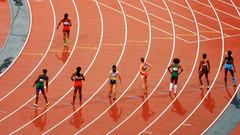 Nauczyciele są zdumieni decyzją o priorytetowym szczepieniu sportowców