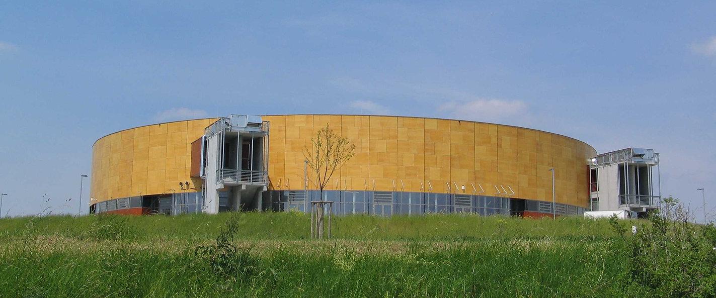 Arena-1.jpg