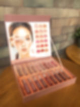 LipstickSetBox2_edited.jpg