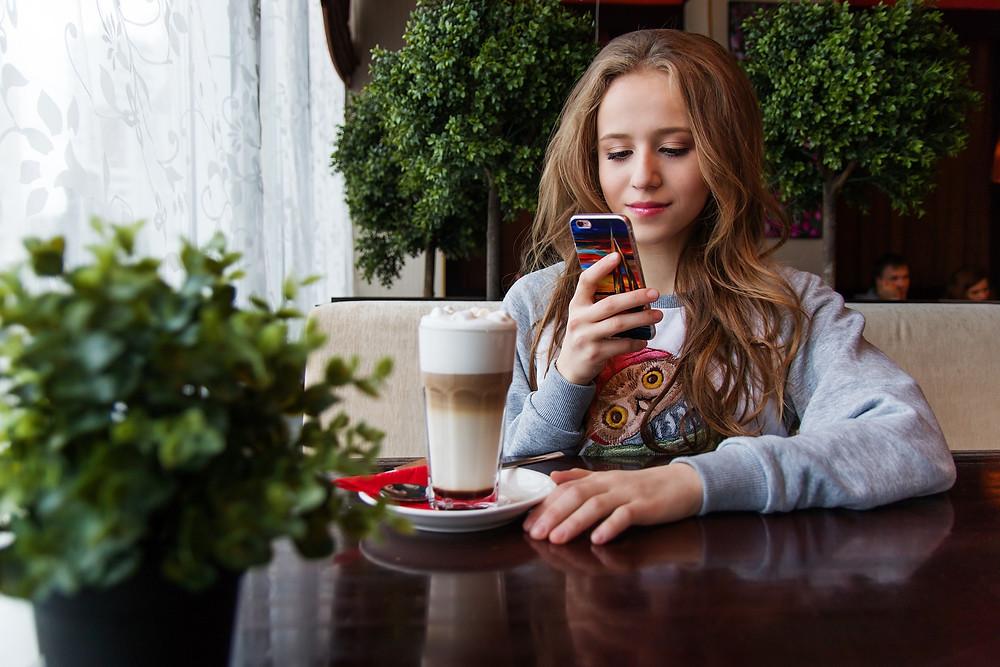 Kids, mobile phone, teens, journaling apps