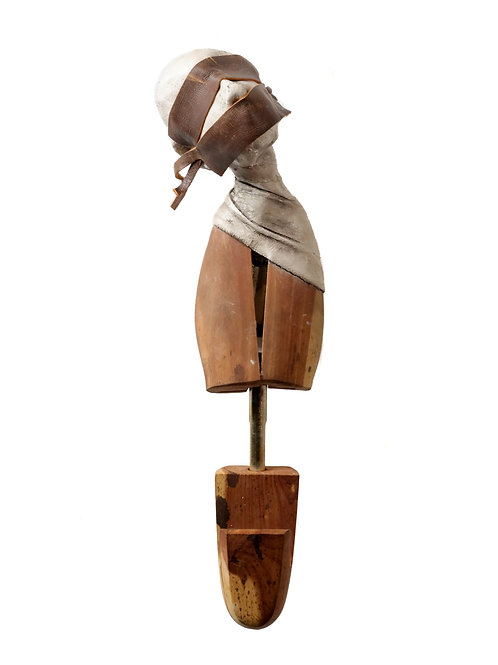 SOLD//Medrano Shoetree - Masked