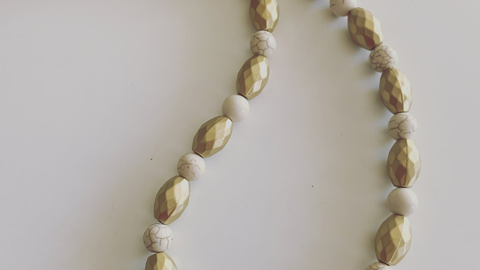 Winter White & Gold Necklace