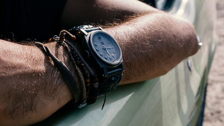 wristshot-model-crude