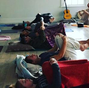 Yin Yoga, accompanied by the Bansuri flu