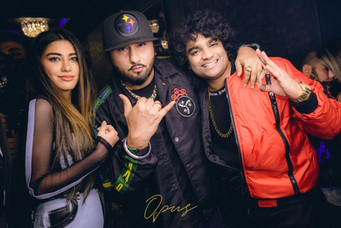 Vivek Nambiar Tuanna Gurdal live with Yo Yo Honey Singh