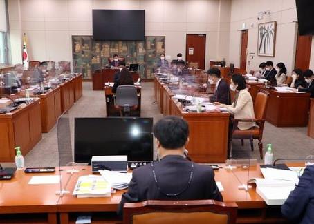 한국 언론 가짜뉴스 가짜 여론 횡포에 거액 벌금 폭탄
