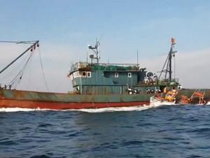 중국어선 수백척 5년간 바다에 인분 버렸다