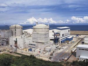 한국 바다는 중국, 일본 원전 오염수로 뒤범벅