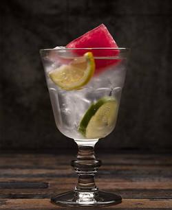 non-alcoholic cocktail