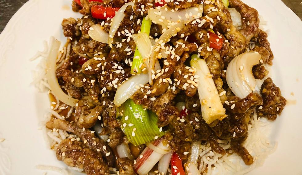 Rainbow Beef in Peking Sauce