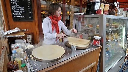 crepe stand in Paris.jpg
