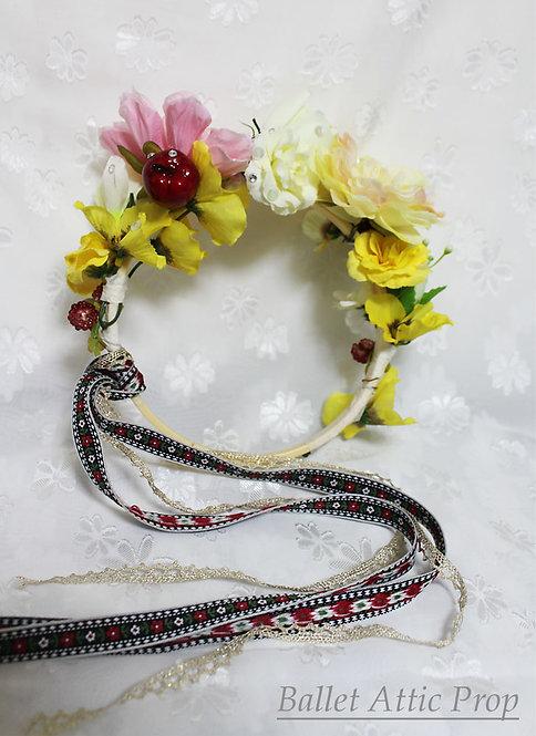 チロルと花の飾り輪