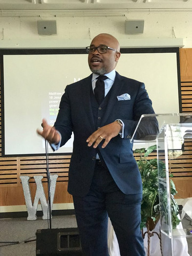 VPE Pastor, Daren Barron