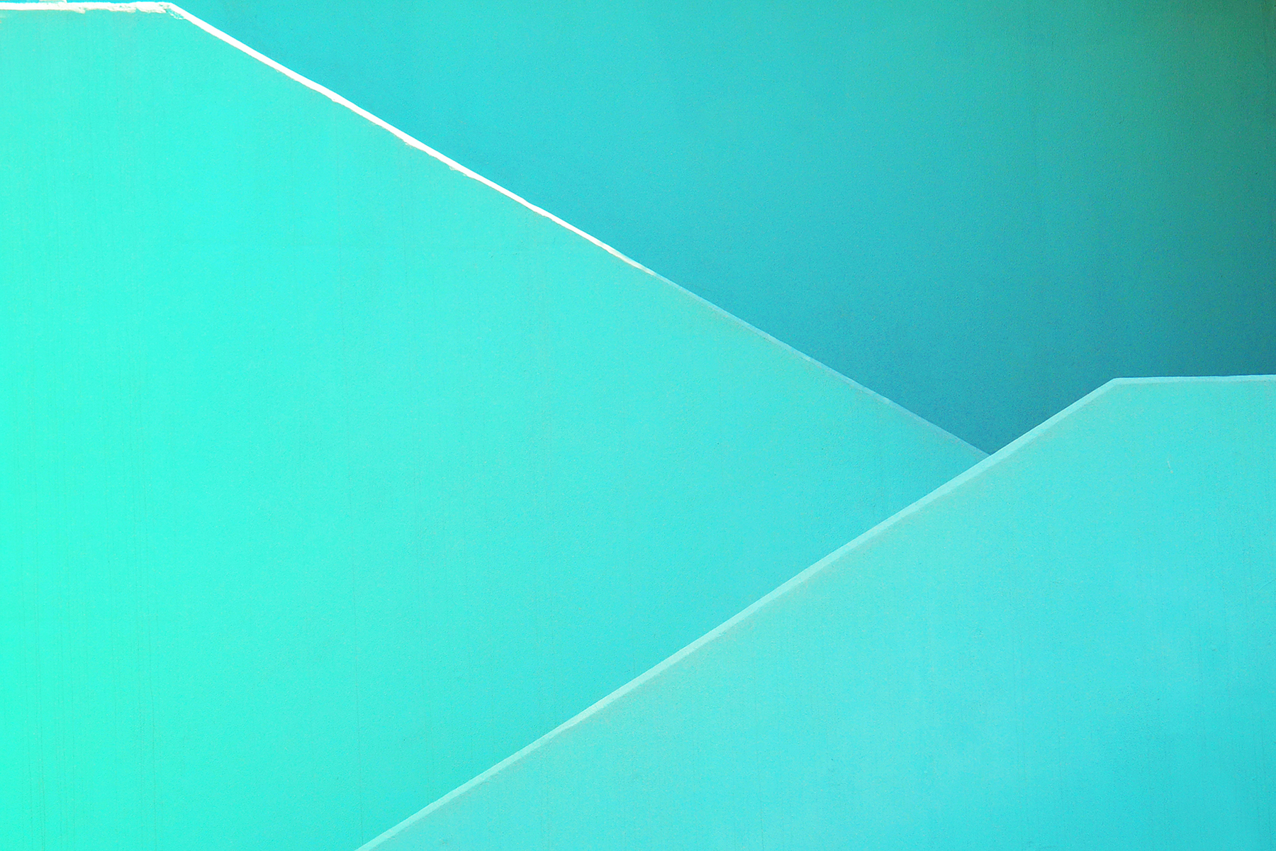 Wallpaper_Yener-_TurquoiseStairs-2