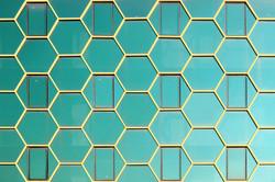 Wallpaper_Yener-_Beehive2-