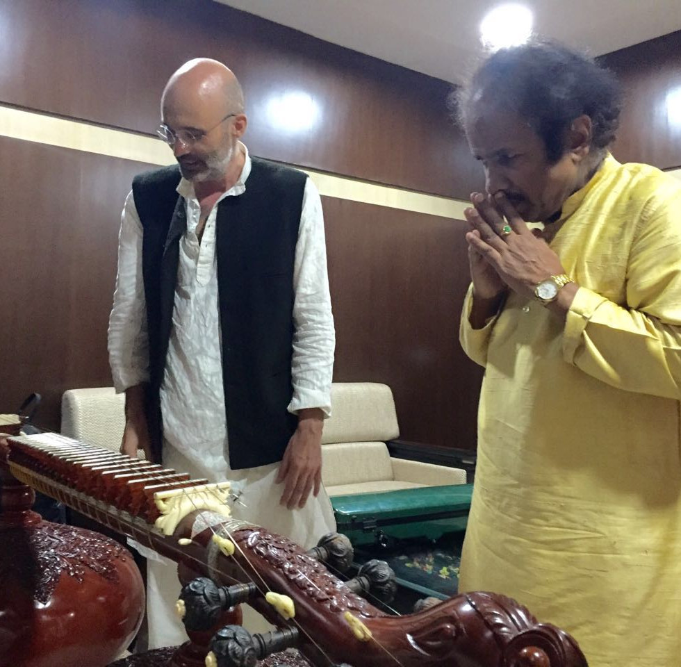 25th Dr. Vasantrao Deshpande Sangeet Samaroh in Nagpur with Dr. L. Subramaniam