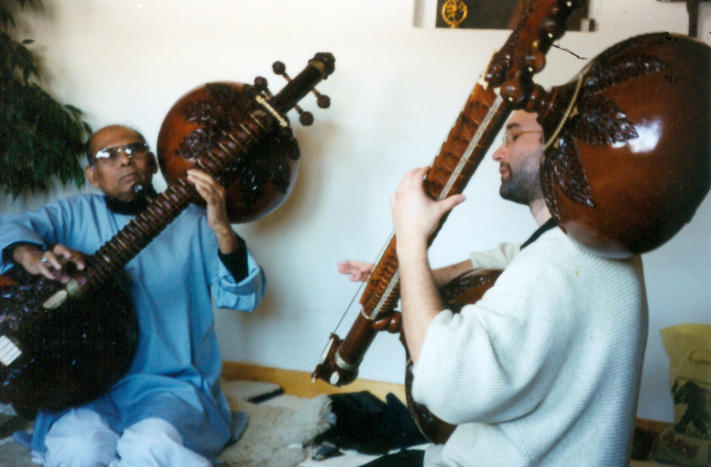 Ustad Asad Ali Khan and Carsten Wicke