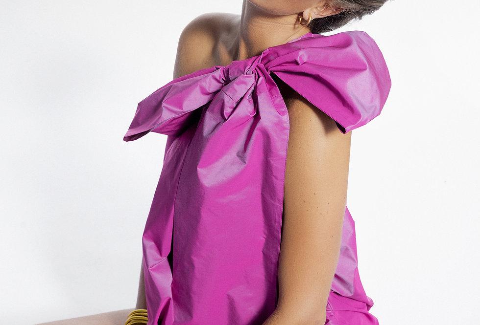 Vestido rosa laço