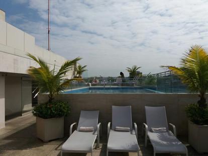 Pool Service | Rio Ecoesporte | Hilton