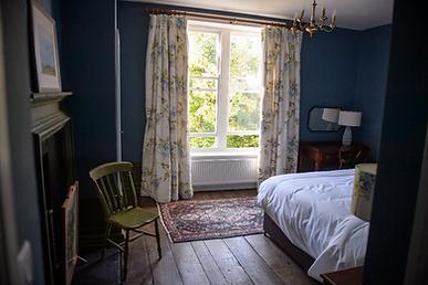 Hopton bedroom at Bank House.png