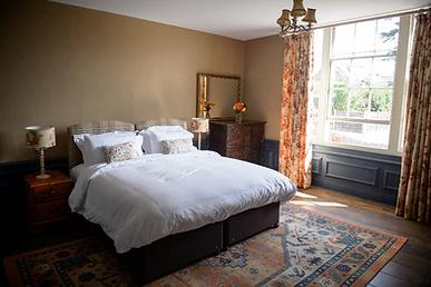 Stokesay bedroom at Bank House.png