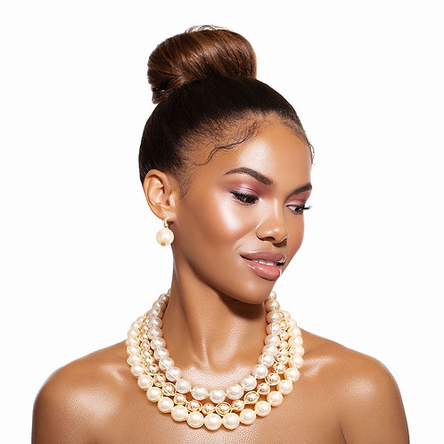 Cream and Gold Pearl Knotted Set